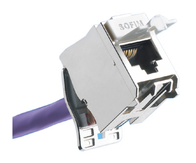 Exemple de connecteur RJ45